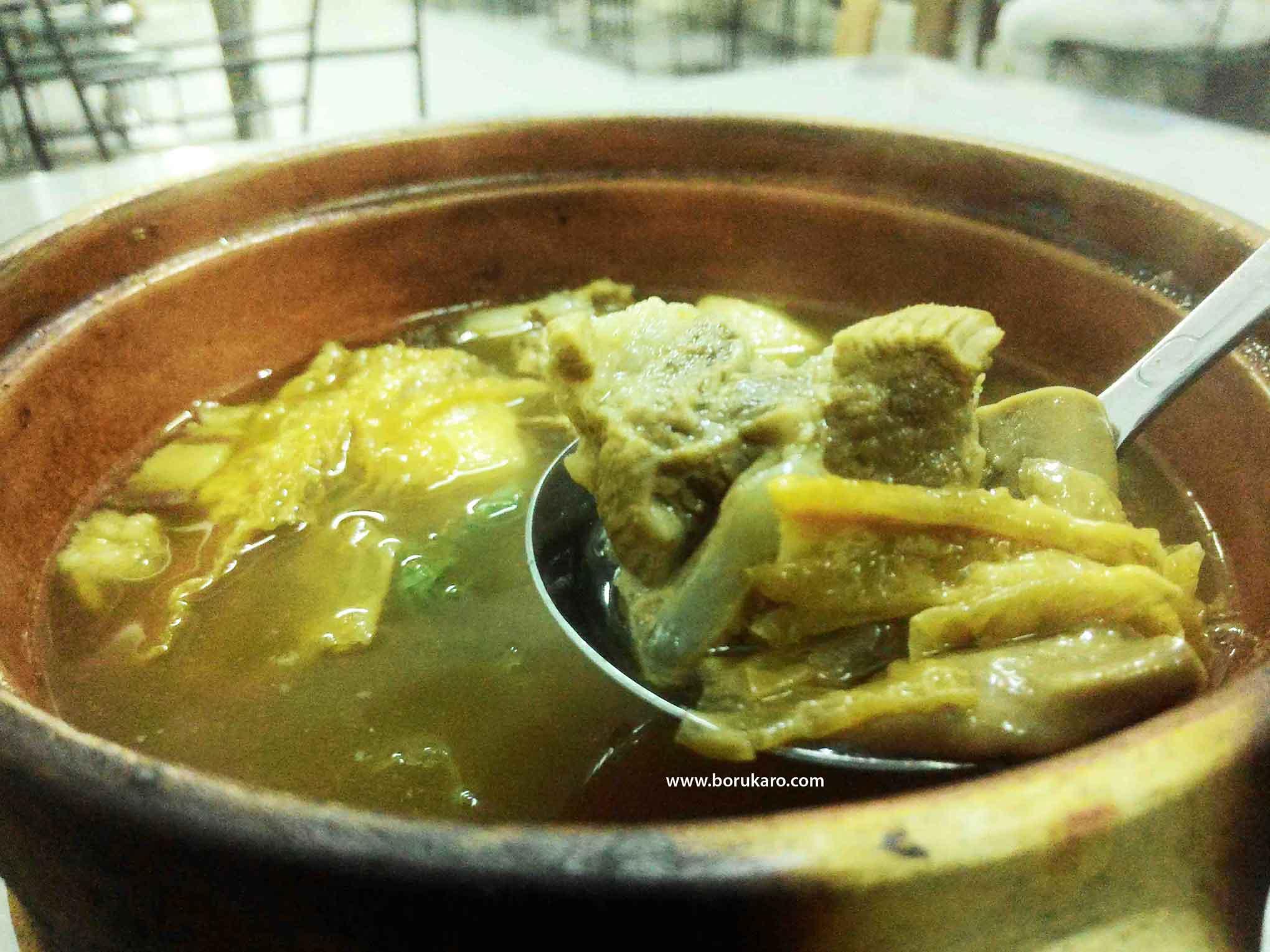Incar Makanan Tidak Halal, ada Bak Kut Teh Medan