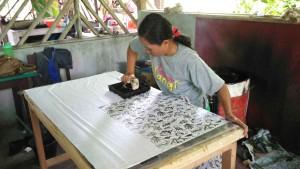 Pencetakan Batik Daun Simpor