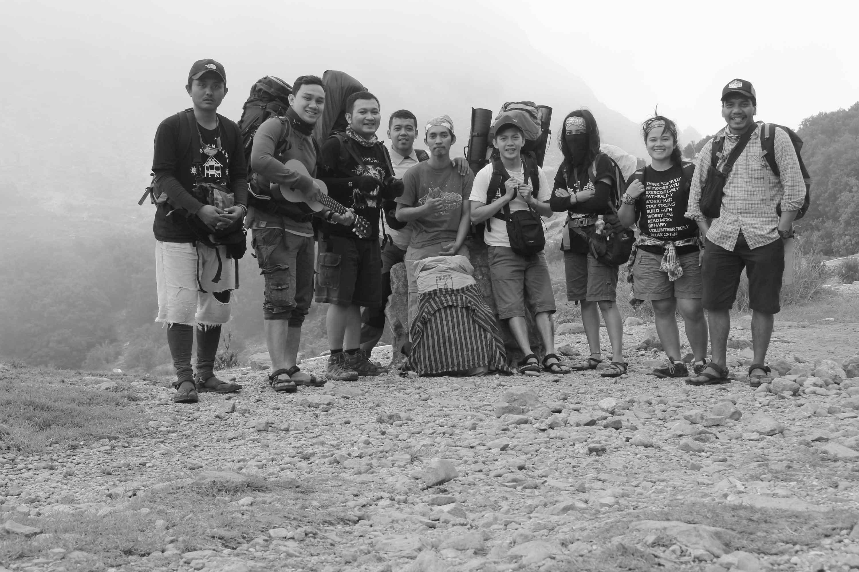 Menikmati Keindahan Alam dengan Camping Cantik di Gunung Papandayan