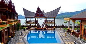 Samosir Villa Resort Tuktuk