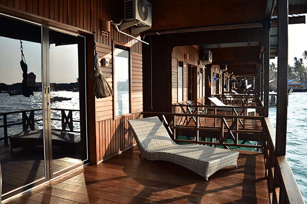 Private Balcon Fisheries Eco Villa