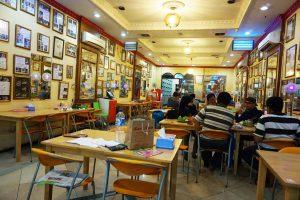 Suasana Pelanggan Soto Madura Juanda