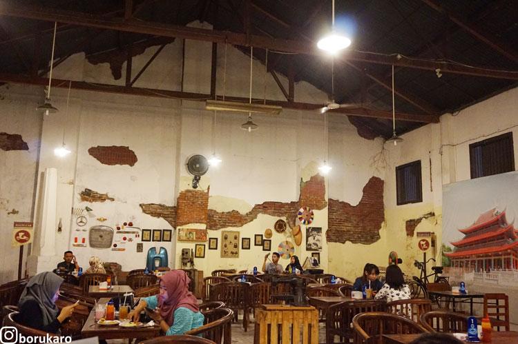 Gedung Cafe