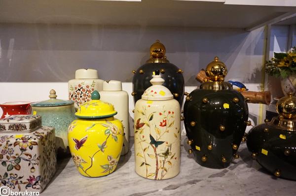 Keramik Unik dengan Ukuran Mini